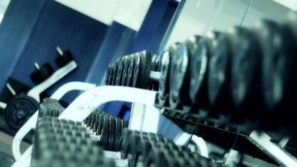 Создано умное зеркало с виртуальным тренером по фитнесу