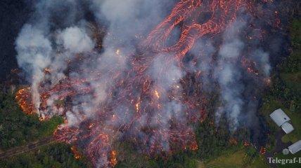 Виноваты дожди: извержение вулкана Килауэа могли спровоцировать обильные осадки