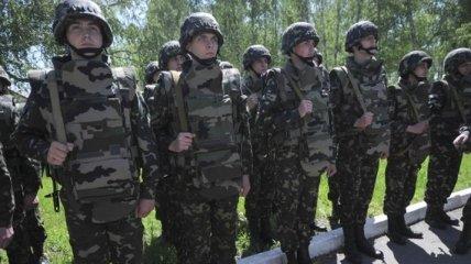 Военные, кроме срочников, смогут идти в отпуск в первый год службы