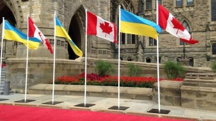 Трюдо в парламенте Канады раскритиковали за недостаточную поддержку Украины