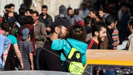 Из осажденного пригорода Дамаска началась эвакуация