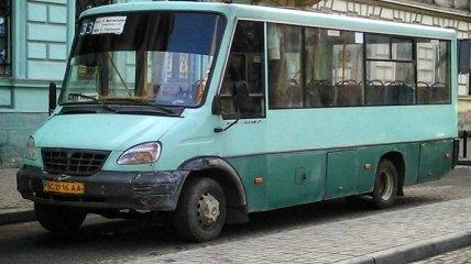 На Львовщине маршрутчик обидел дочь ветерана АТО: это уже не первый такой случай (видео)