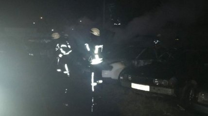 В Одессе на штрафплощадке сгорело 20 авто