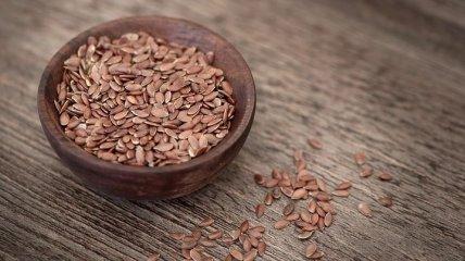 Полезные свойства семян льна помогают похудеть