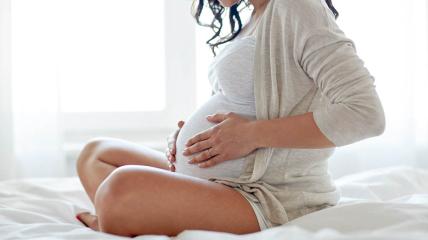 Влияние вакцин на течение беременности продолжают изучать.