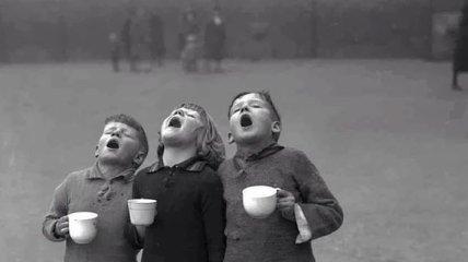 Снимки ностальгии: детские игры прошлого века (Фото)