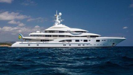 У Ахметова прояснили происхождение яхты, на которой Дженифер Лопес праздновала день рождения