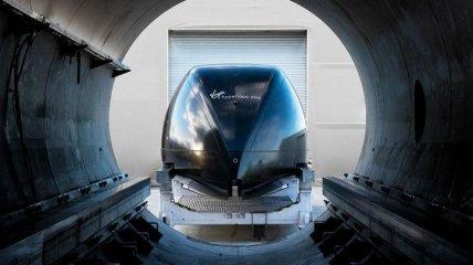 Hyperloop разогнался до скорости 1019 км/ч