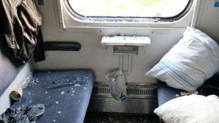 """""""Впечатление, что Халк ездил на минеральные воды"""": пассажир разгромил купе поезда Киев-Трускавец (фото)"""