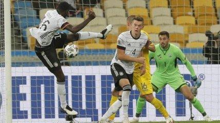 Бущан стал лучшим игроком сборной Украины в игре с Германией