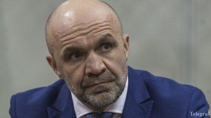 Суд снял с Мангера электронный браслет: Луценко подаст апелляцию