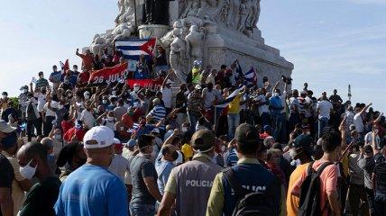 Кубинцы оказались изолированы вследствие протестов: подробности