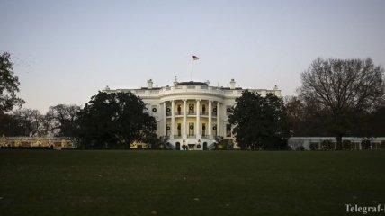 """В США начинает действовать частичный правительственный """"шатдаун"""""""