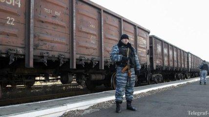 "Тымчук: ""РЖД"" перебрасывают боевикам ""Торнадо"", танки и боеприпасы"