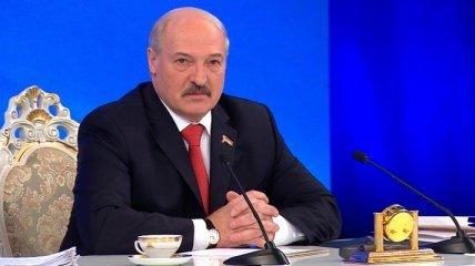 """В Беларусь могут перебросить """"все силы"""" России: Лукашенко назвал условие (видео)"""