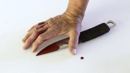 Подростку нанесли 7 ударов ножом, после чего выбросили в колодец и засыпали землей