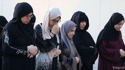 """В Саудовской Аравии будут бороться с """"тайными разводами"""" с помощью СМС"""