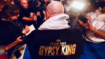 Арум: Не видел боксера с харизмой Фьюри со времен Мохаммеда Али