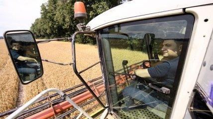 """Гройсман поговорил """"о наболевшем"""" с фермерами"""