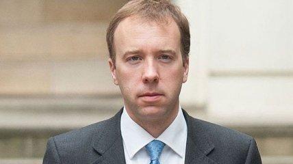 Женатый министр с тремя детьми попал в скандал из-за любовницы, но уволился из-за нарушения социальной дистанции