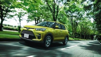 Toyota представила новый бюджетный кроссовер Raize