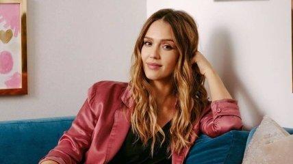 Джессика Альба получила главную роль в новом проекте Netflix