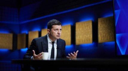Через два роки репутаційних втрат Зеленський заговорив як Порошенко - генерал