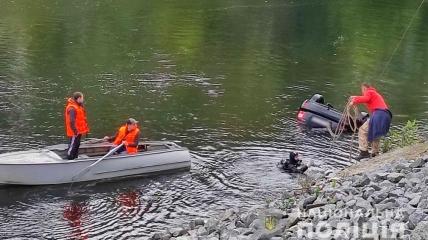 Три людини потонули на автомобілі в Полтавській області