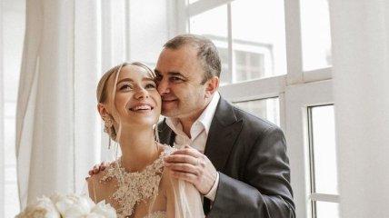 Виктор Павлик рассказал, почему его молодая супруга называет его по имени-отчеству