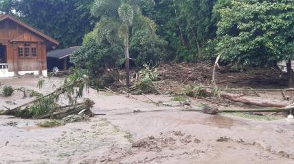 Наводнение в провинции Так.