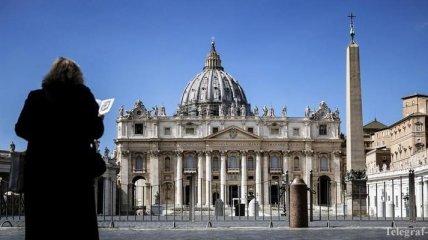 Затронет и пасхальные торжества: Ватикан переходит в онлайн-режим