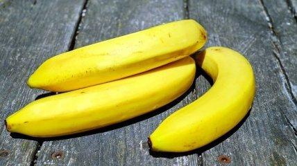 Медики рассказали, зачем мужчинам нужно регулярно есть бананы