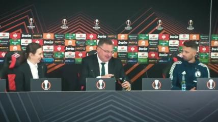 Чеслав Михневич на пресс-конференции после матча