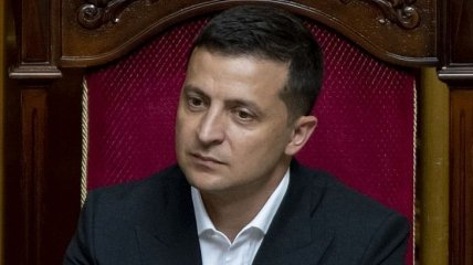 Зеленский подписал распоряжения об увольнении 14 глав РГА Ивано-Франковской области