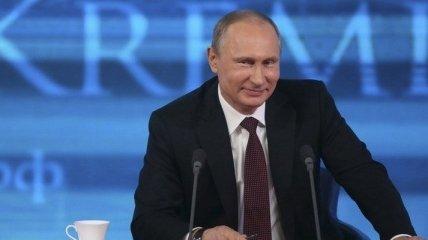 Путин впервые признался, каким препаратом вакцинировался от коронавируса