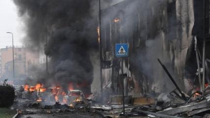 Последствия авиакатастрофы в районе Милана (Италия)