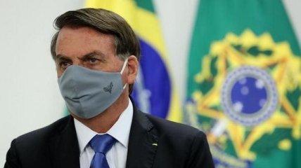 Президента Бразилии госпитализируют из-за икоты, ему грозит операция