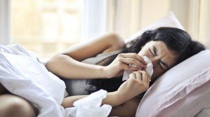 Кашель, одышка, температура: доктор Комаровский рассказал, как распознать воспаление легких