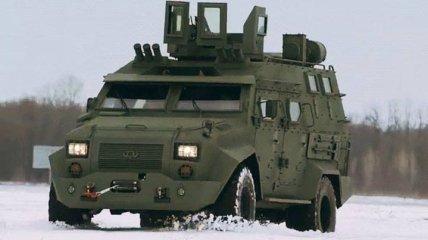 """Украинский бронеавтомобиль """"БАРС-8"""" успешно прошел испытания: видео"""