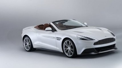 Aston Martin показал новый Vanquish Volante