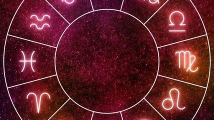 Близнецам - не поддавайтесь на провокации, а Львы должны быть готовы к переменам: любовный гороскоп на неделю