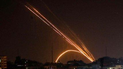 Під час підписання мирної угоди: сектор Газа запустив по Ізраїлю дві ракети, є поранені