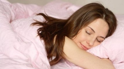 Ученые рассказали, в какой позе снятся хорошие сны