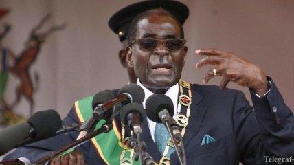 В Зимбабве 93-летний президент начал новую избирательную кампанию