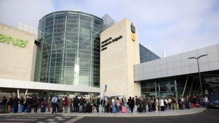Работники португальских аэропортов начали трехдневную забастовку