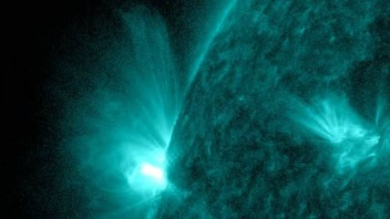 NASA опубликовало снимок вспышки на Солнце
