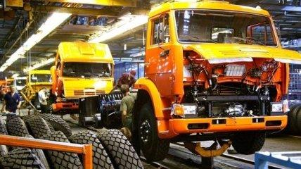КАМАЗ приостановил производство до 24 января