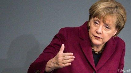 """Меркель: По возможности надо уменьшить страдания людей и побороть """"ИГ"""""""