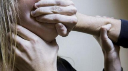 Под Полтавой копов подозревают в изнасиловании беременной