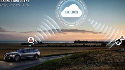Volvo научит свои грузовики обмениваться данными с легковыми автомобилями